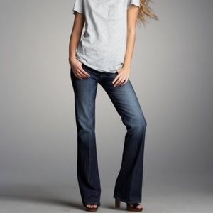PAIGE Hollywood Hills Classic Jean New 28x34
